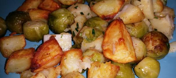 Gebakken pastinaak, spruiten en aardappelen